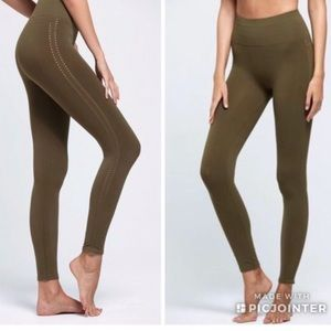 Free people movement Barely There Leggings small